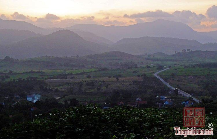 Cung đường xuyên Việt (11).jpg
