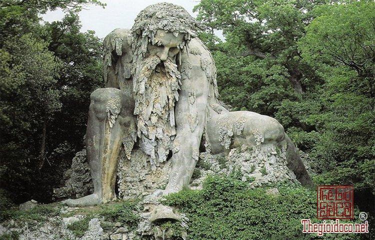 Những tác phẩm điêu khắc ấn tượng trên thế giới (3).jpg