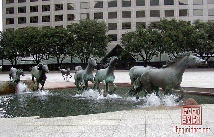 Những tác phẩm điêu khắc ấn tượng trên thế giới (4).jpg