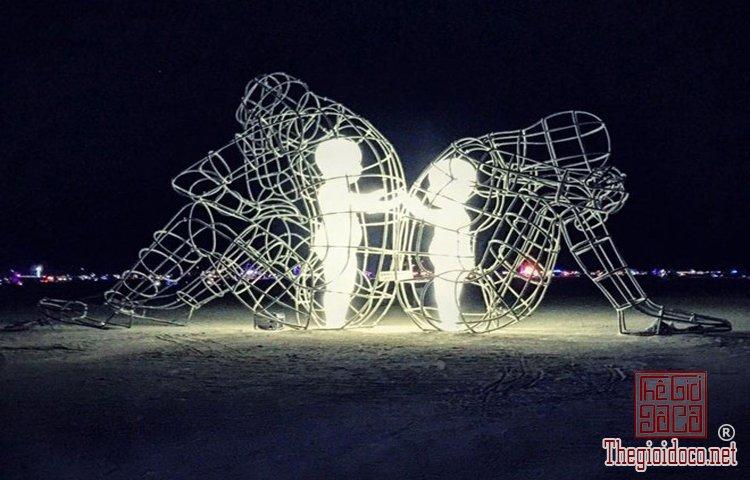 Những tác phẩm điêu khắc ấn tượng trên thế giới (5).jpg