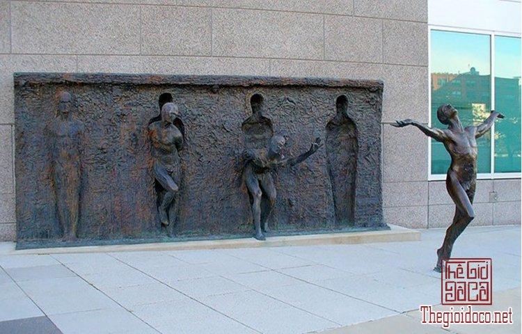 Những tác phẩm điêu khắc ấn tượng trên thế giới (8).jpg