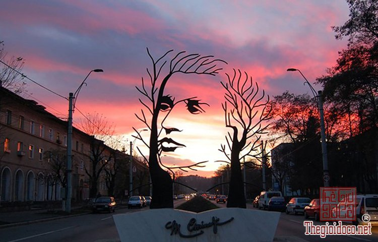 Những tác phẩm điêu khắc ấn tượng trên thế giới (10).jpg