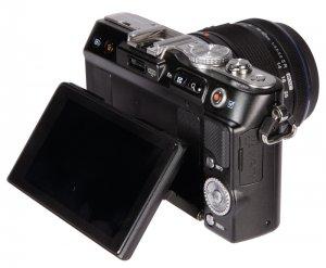 Bộ Olympus E-PL3 + flash + lens M.Zuiko 14-42mm mới cứng