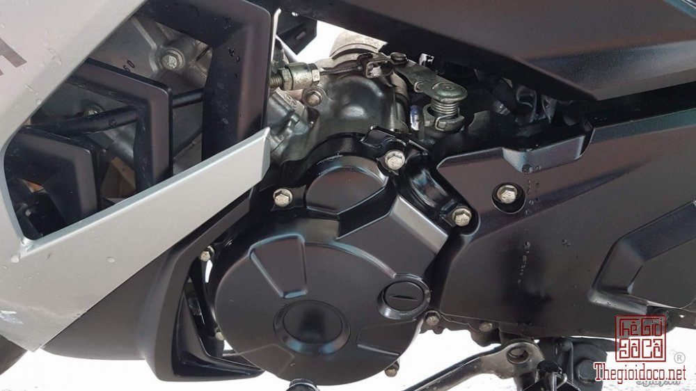 Ex150 GP (5).JPG