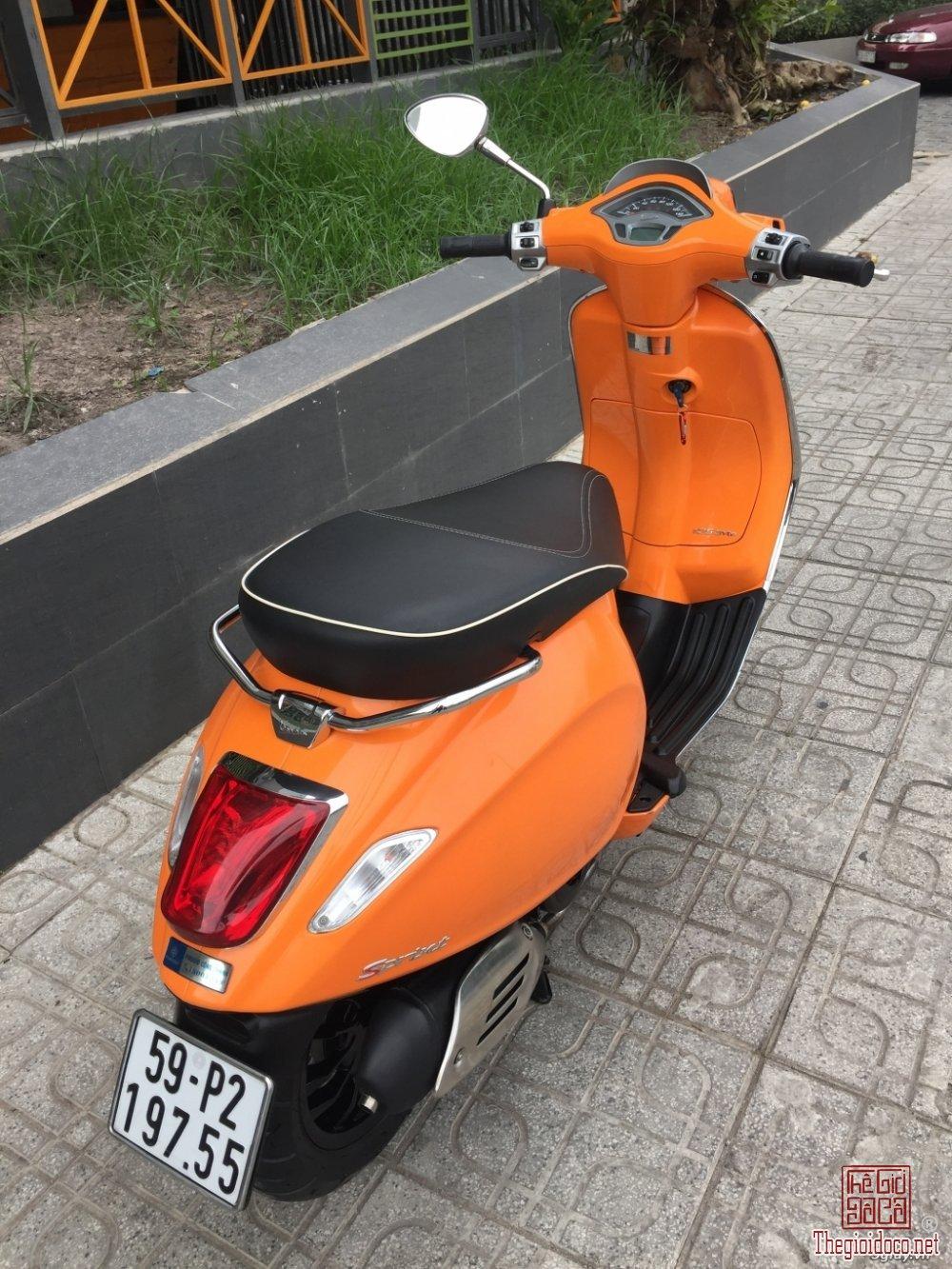 Vespa Sprint 125 (1).JPG