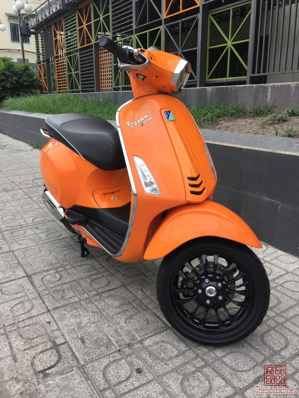Vespa Sprint 125 (2).JPG