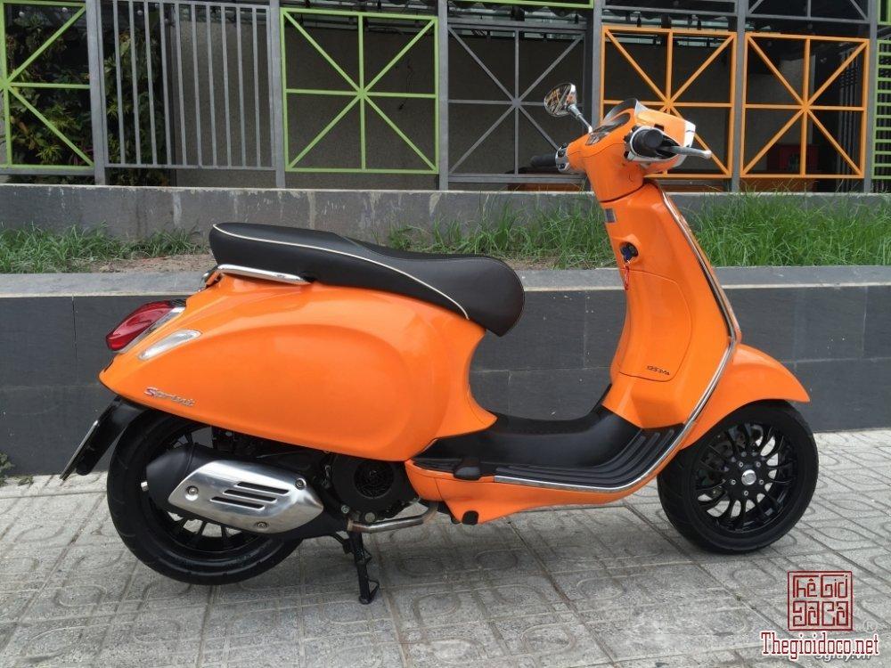 Vespa Sprint 125 (3).JPG