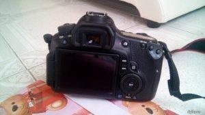 Bán nguyên bộ máy ảnh 60D+ 18-135+ đèn flash