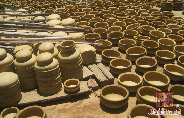 Các làng nghề Gốm Sứ ở Việt Nam (6).jpg