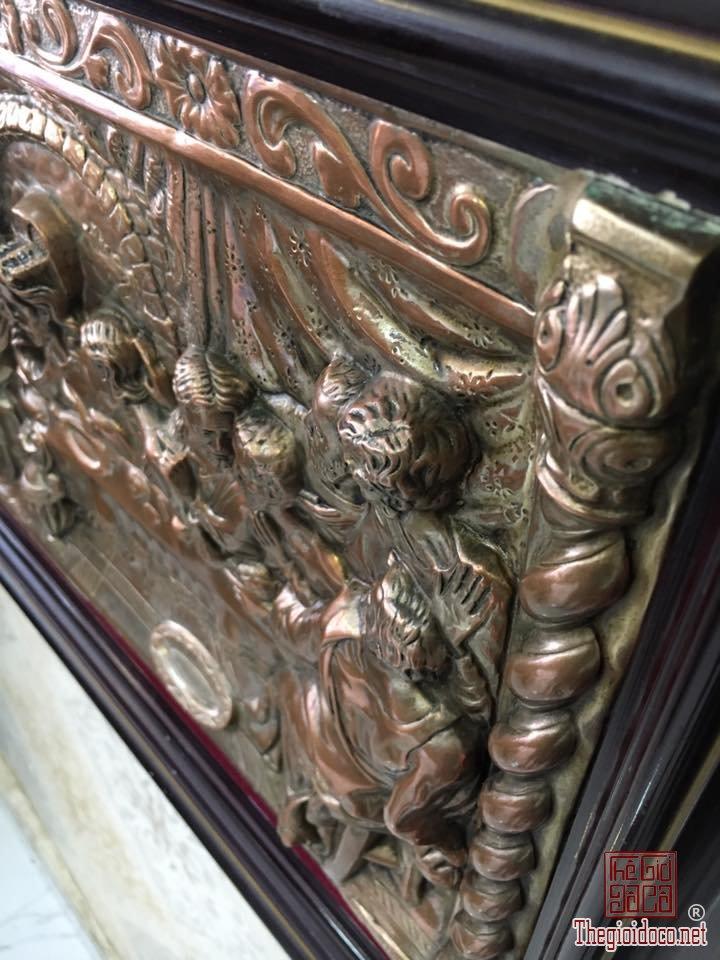 Chua 12 Thanh Tong do.jpg1.jpg