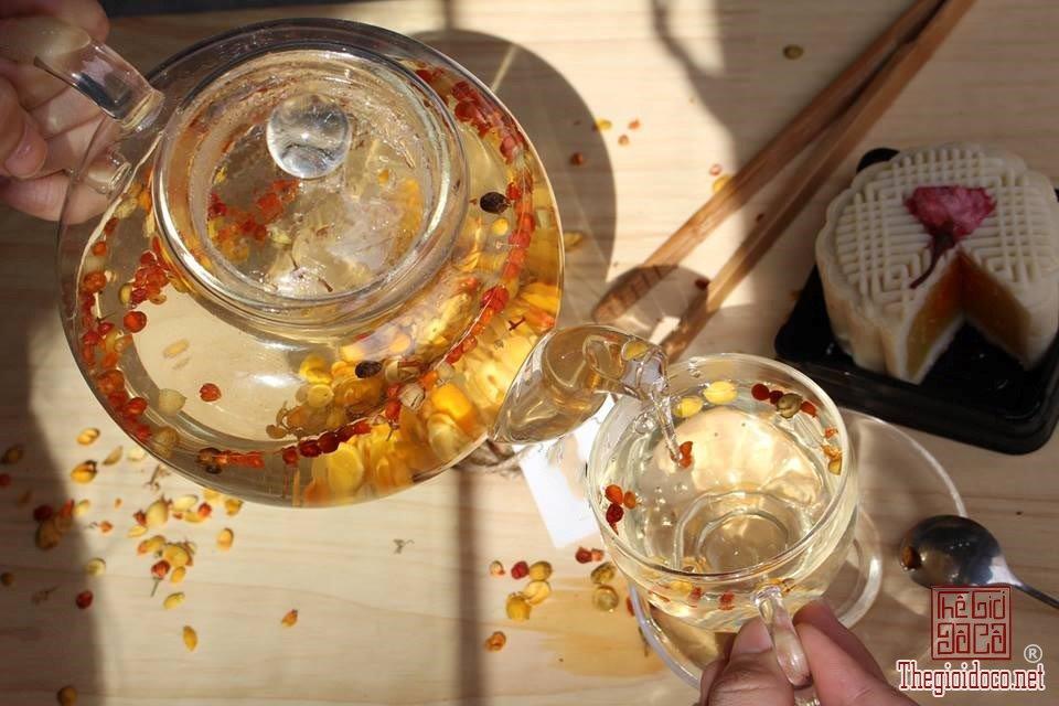 Các loại trà hoa thanh mát tốt cho sức khỏe dịp Tết (1).jpg