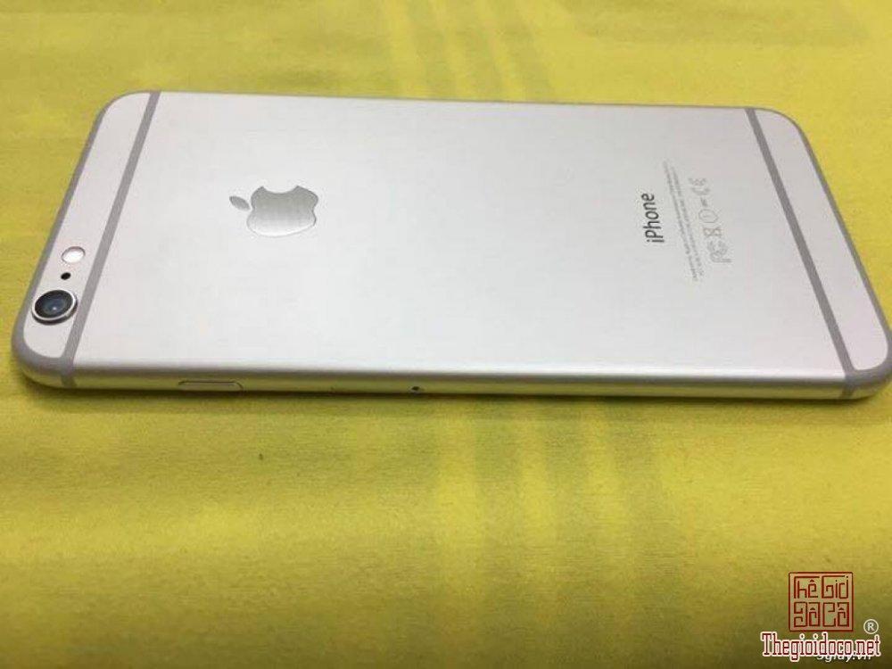 IP6 Plus silver (2).jpg