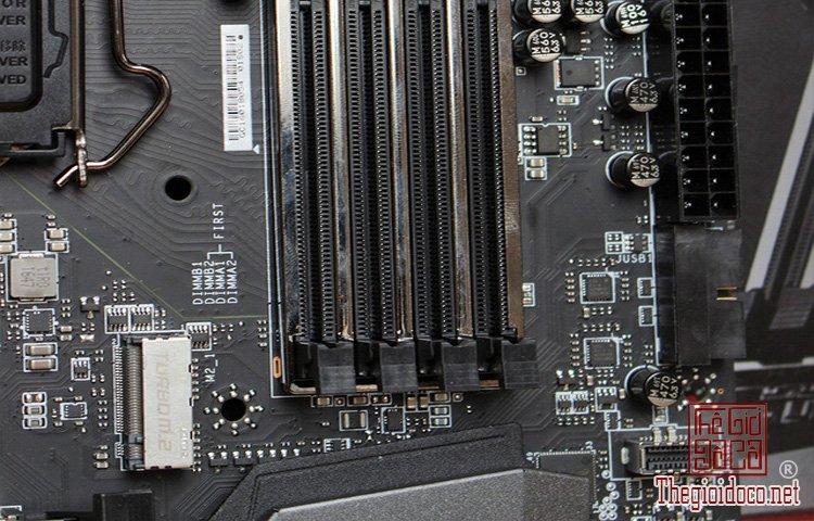MSI Z270 Gaming M7 (7).jpg