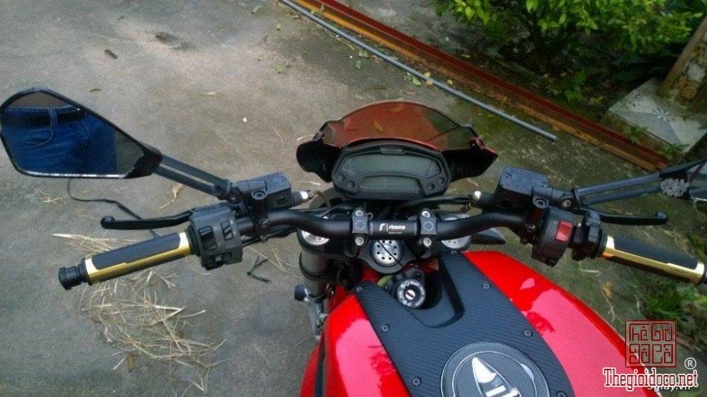 Ducati monster 795 (5).jpg