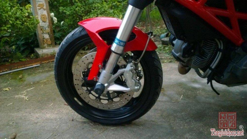 Ducati monster 795 (6).jpg
