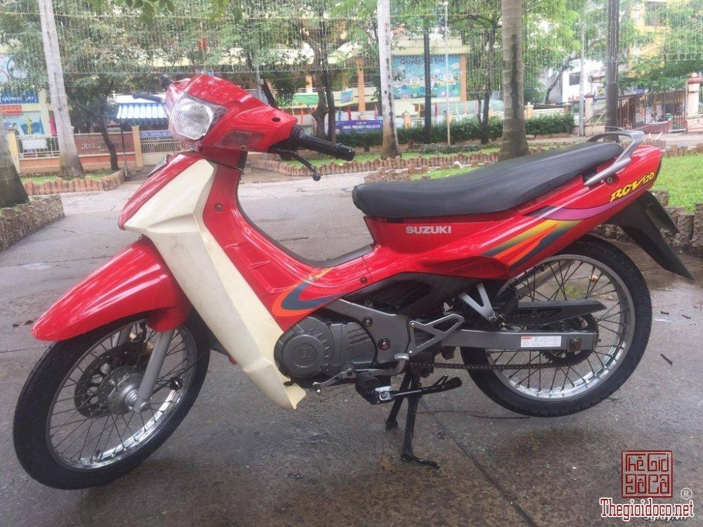 Suzuki sport 2000 (1).jpg
