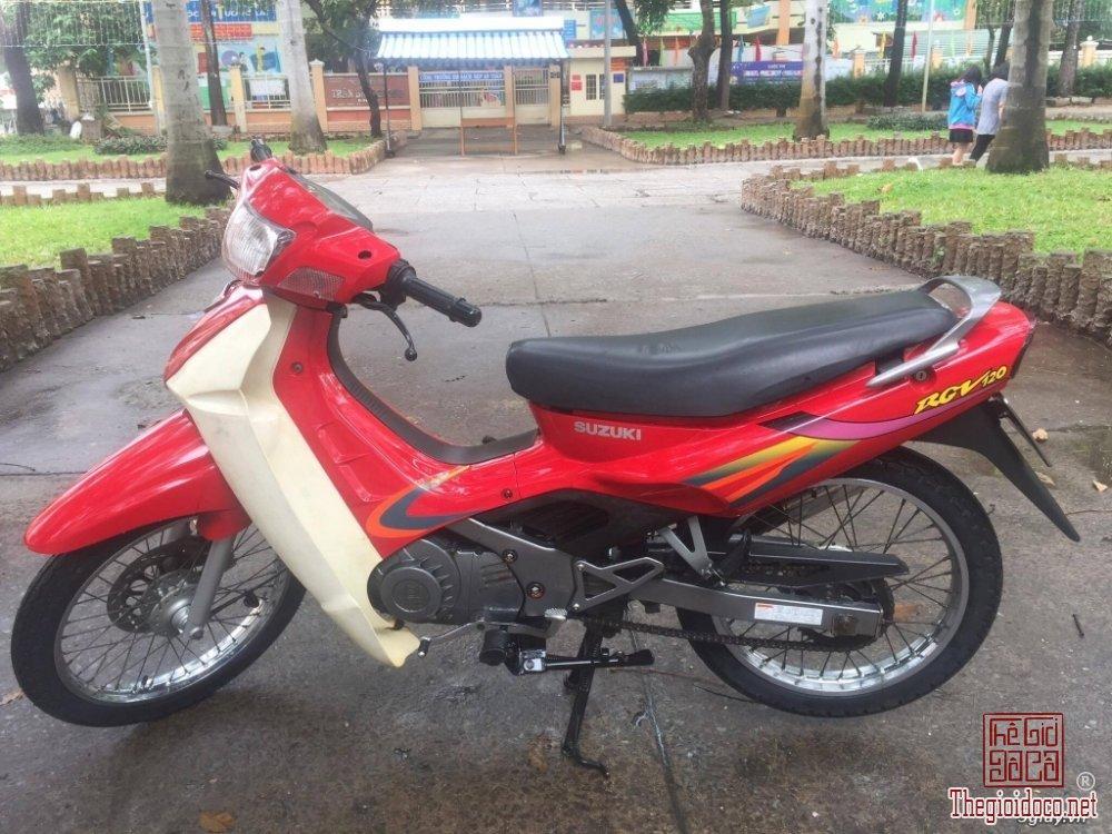 Suzuki sport 2000 (16).jpg