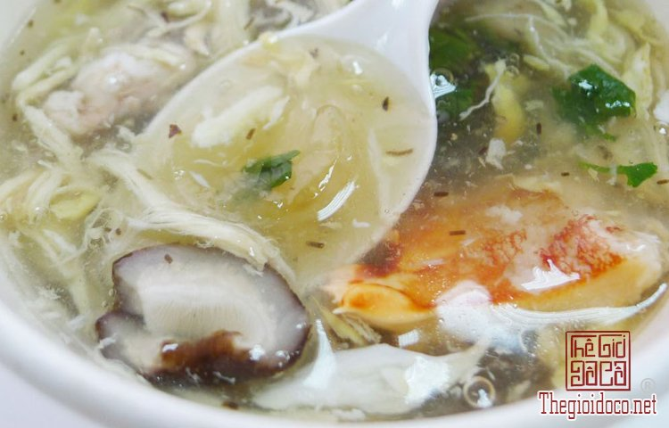Nấu súp cua thập cẩm.jpg
