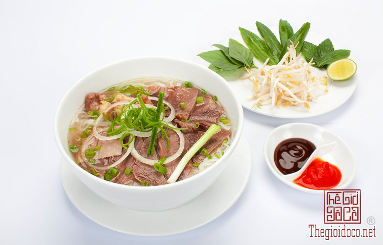 Top 10 món ăn ngon phải thử khi đến Hà Nội (1).jpg