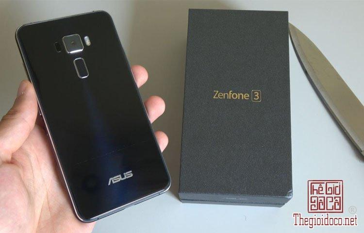 Asus ZenFone AR (1).jpg