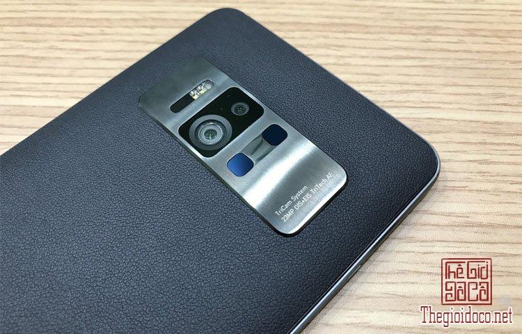 Asus ZenFone AR (6).jpg