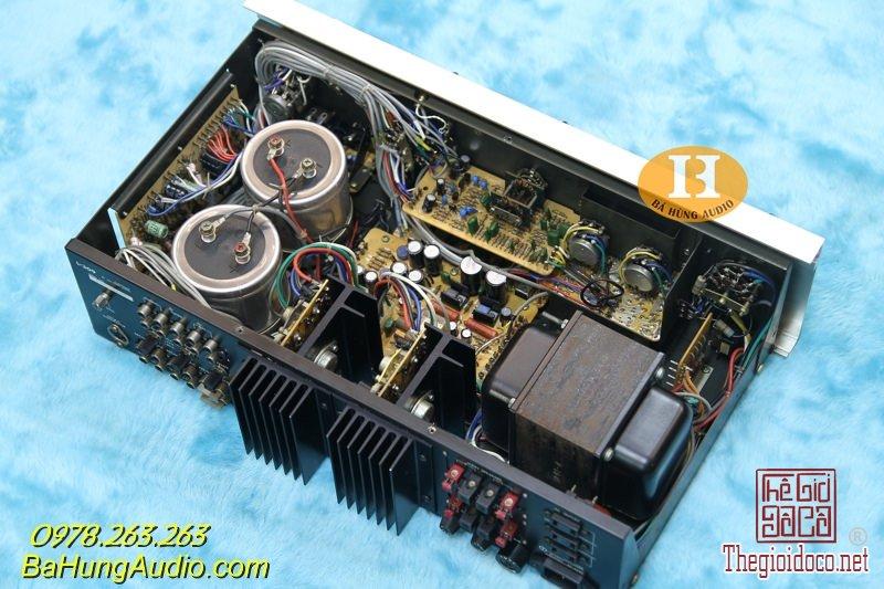 Luxman L309 f.jpg