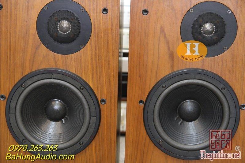 JBL L60T 4.jpg
