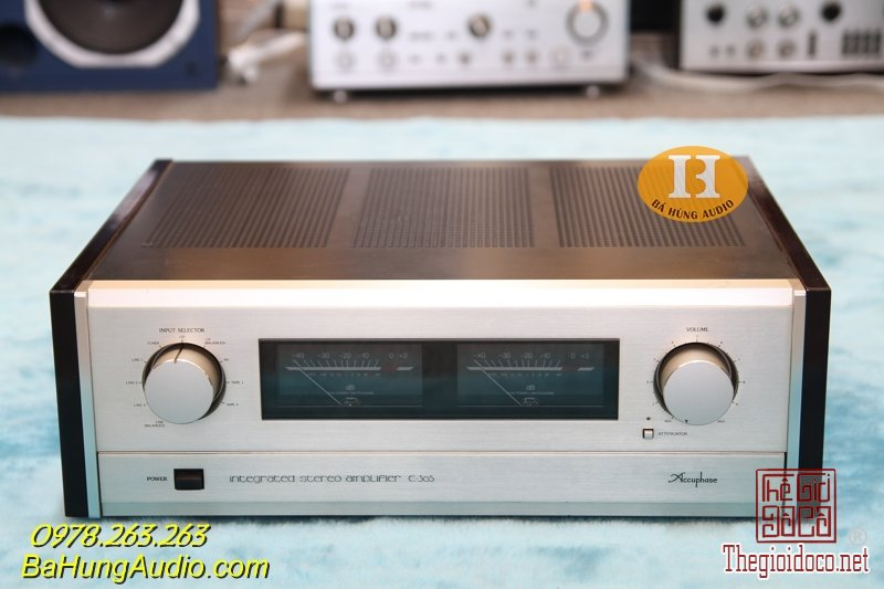 accuphase e305 new.jpg