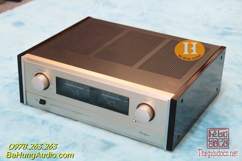 accuphase e305 new 1.jpg