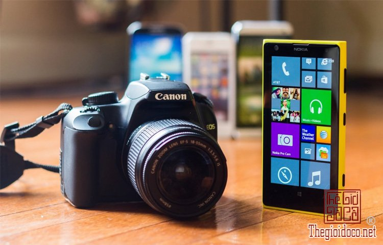Nokia Lumia 1020 (4).jpg