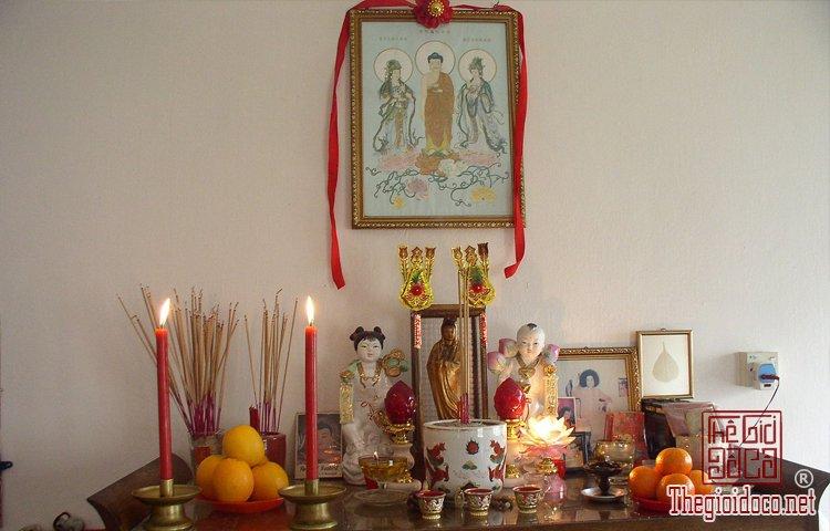 Phong Thủy - Cách tỉa chân nhang cho bàn thờ Gia Tiên ngày tết  (2).jpg