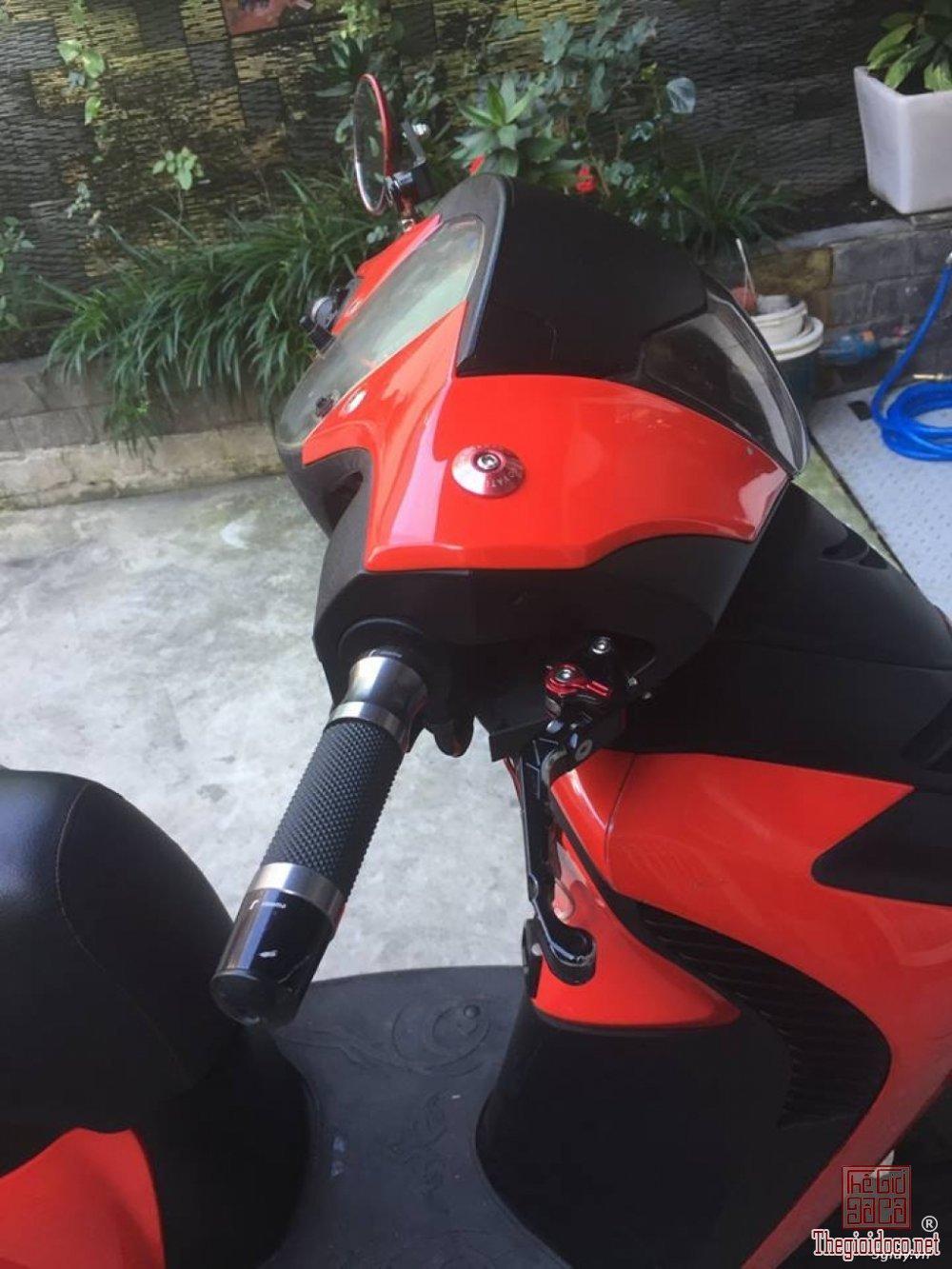 SHi 150cc (11).jpg