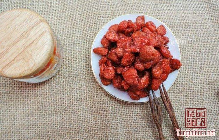 Hoa quả sấy lạnh tốt cho sức khỏe được yêu thích dịp Tết (10).jpg