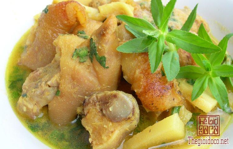 Những món bún nặng mùi 'mê hoặc' thực khách Việt (1).jpg
