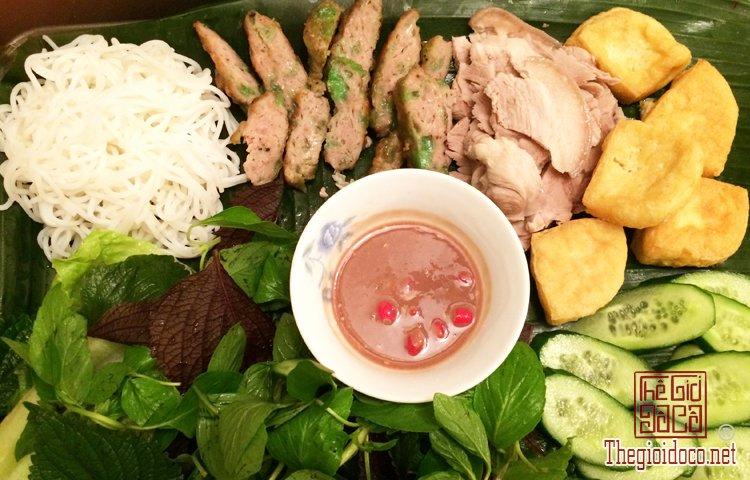Những món bún nặng mùi 'mê hoặc' thực khách Việt (2).jpg