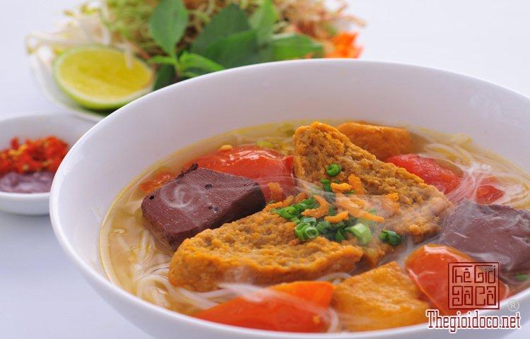 Những món bún nặng mùi 'mê hoặc' thực khách Việt (3).jpg