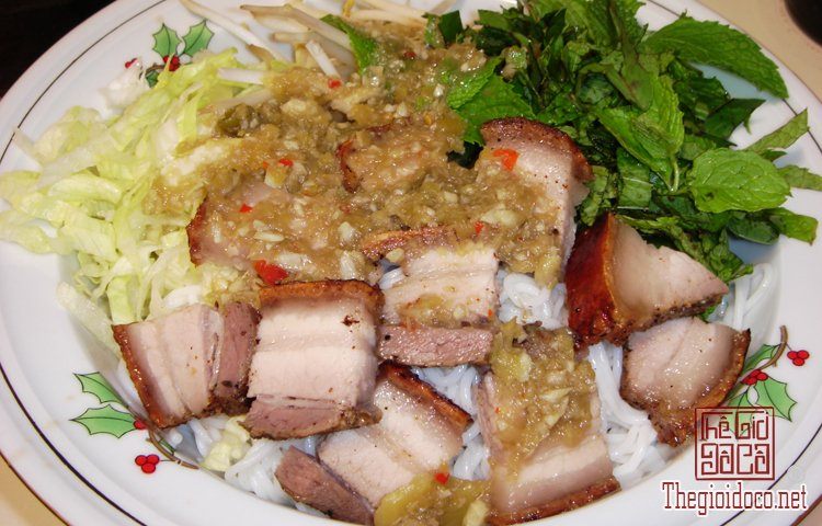 Những món bún nặng mùi 'mê hoặc' thực khách Việt (4).jpg