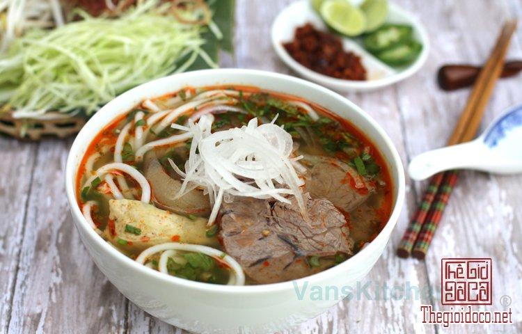 Những món bún nặng mùi 'mê hoặc' thực khách Việt (5).jpg