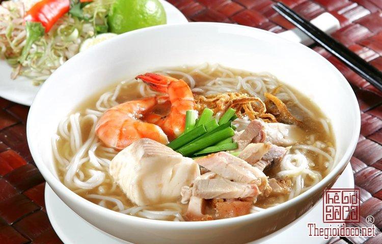 Những món bún nặng mùi 'mê hoặc' thực khách Việt (8).jpg