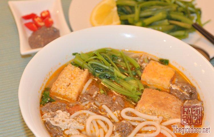 Những món bún nặng mùi 'mê hoặc' thực khách Việt (9).jpg