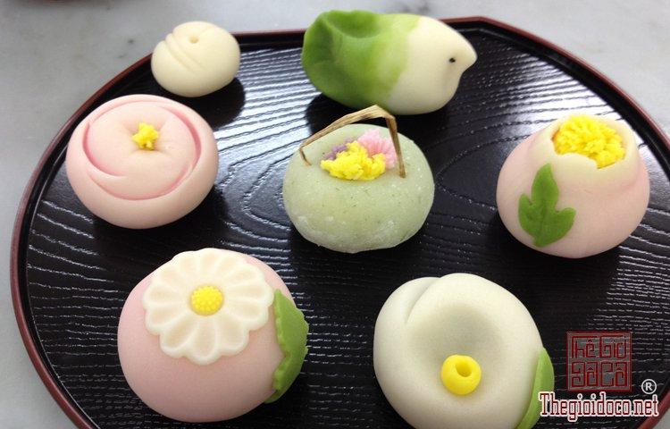 Wagashi - món bánh ngọt đẹp mắt không nỡ ăn của Nhật Bản (3).jpg