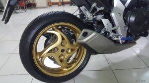 Honda CB1000R (1).jpg