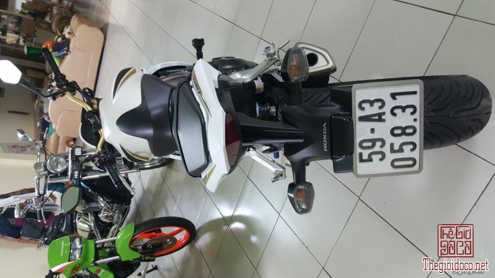 Honda CB1000R (9).jpg