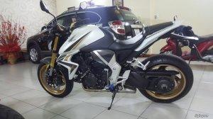 Honda CB1000R (10).jpg