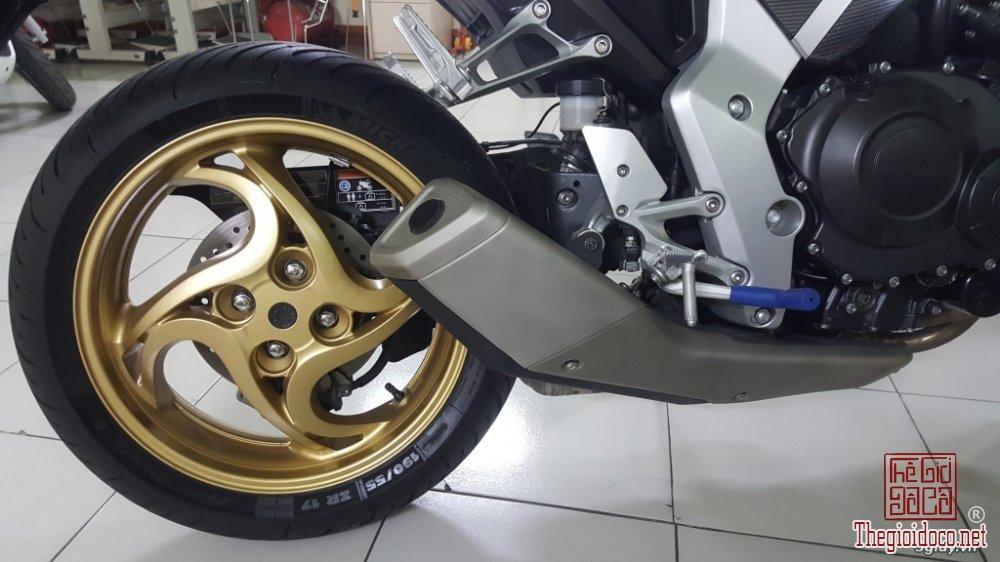 Honda CB1000R (12).jpg