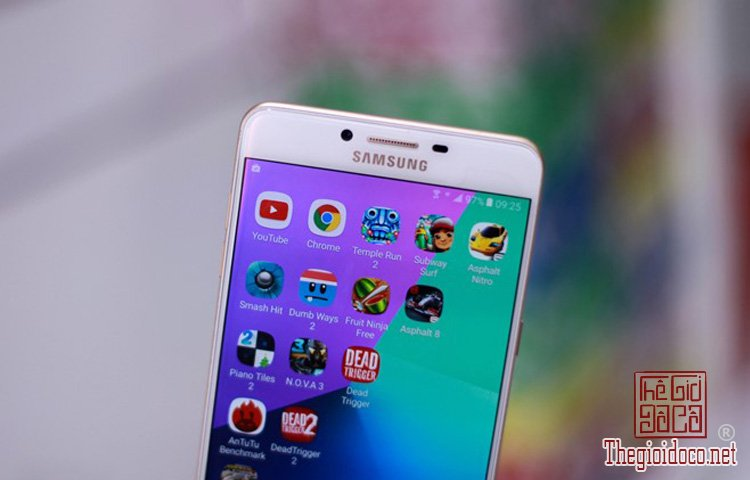 Samsung Galaxy C9 Pro (11).jpg