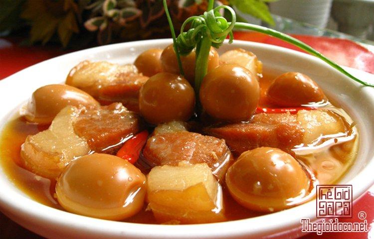 Các món ăn cổ truyền ngày Tết miền Nam  (2).jpg