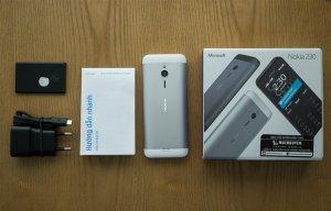 Nokia 230 Dual SIM (3).jpg