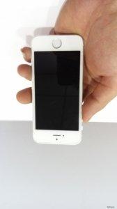 Iphone 5, màu trắng, 16GB, zin nguyên em, bao xài