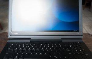 Biến màn hình laptop Mac và Windows không cảm ứng thành cảm ứng với AirBar